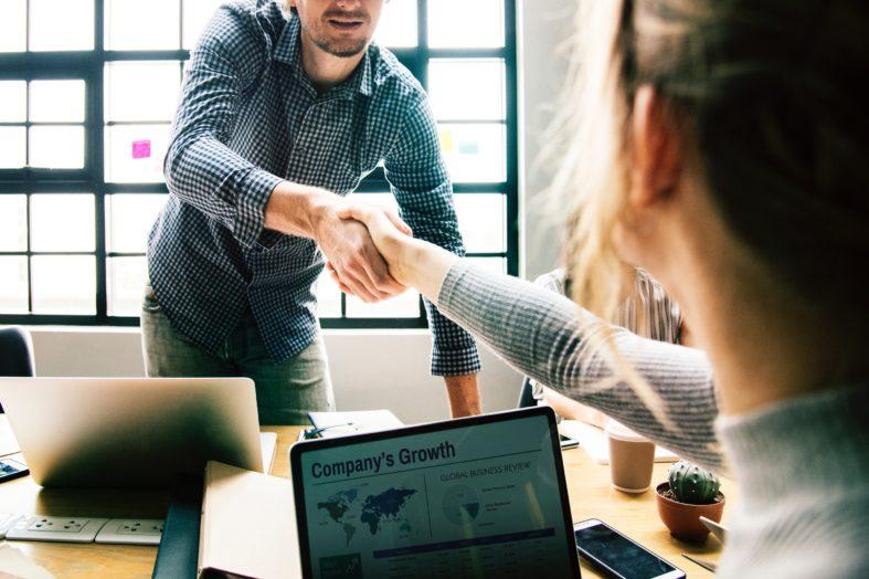 Jak prawidłowo przeprowadzić exit interview?