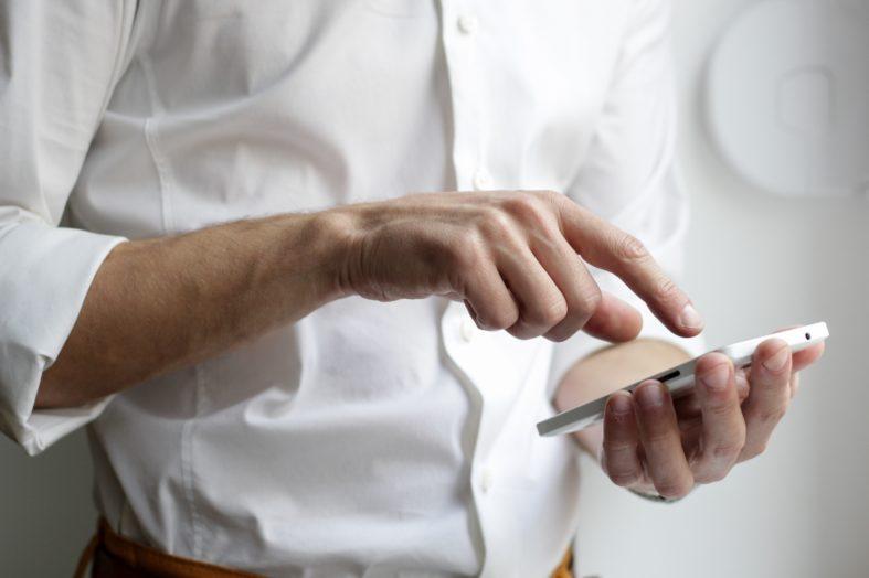 Jak dobrze wypaść na rozmowie telefonicznej z rekruterem?