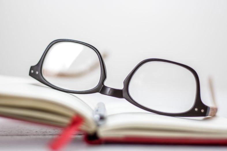 5 wskazówek, jak czytać między wierszami w CV