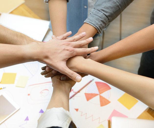 Crowdsourcing: czy warto czerpać wiedzę z potencjału społeczności?