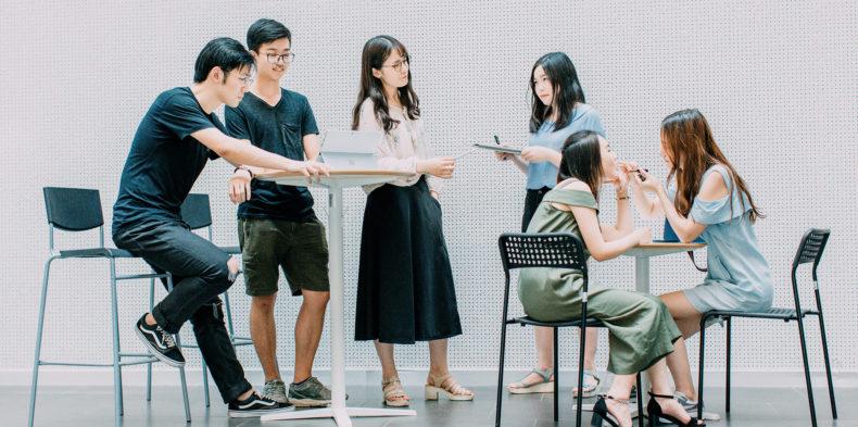 Peer-to-peer feedback – jak kształtować w zespole nawyk ciągłego udzielania informacji zwrotnej