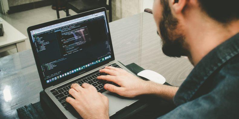 Badanie programistów z punktu widzenia rekrutera