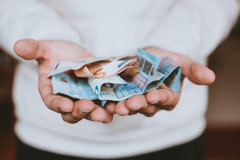 Co można zrobić, gdy wynagrodzenie pracownika jest zbyt wysokie?