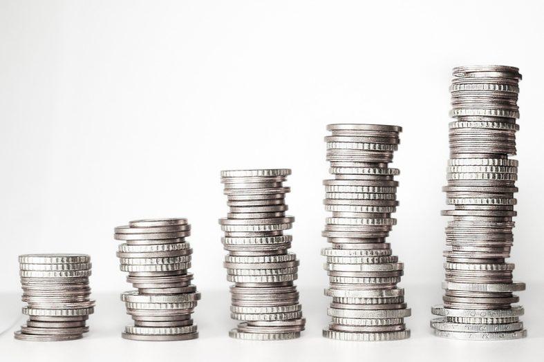 Aby uratować firmę pracownik zgodzi się na redukcję pensji