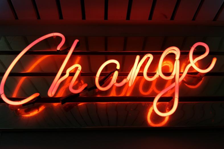 Jak prawidłowo komunikować zmiany?