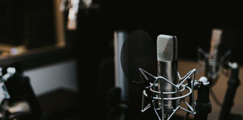 Radio Aviva FM pomaga w komunikacji wewnętrznej