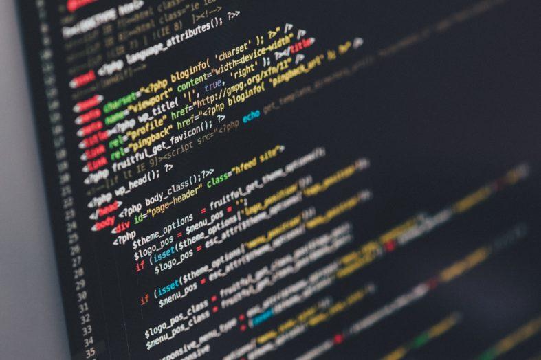 Zamiast szukać programistów, przeszkolili swoich pracowników