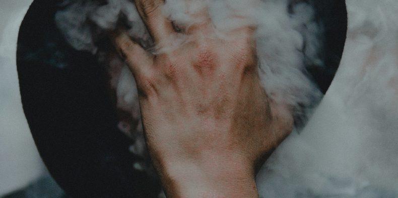 Walka z paleniem w pracy to korzyść dla firmy i pracownika