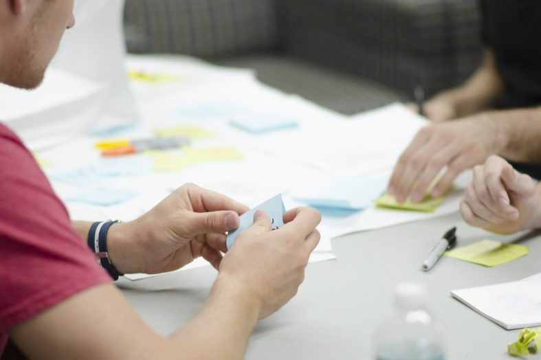 Szkolenia pracowników – zbędny wydatek czy długofalowa inwestycja?