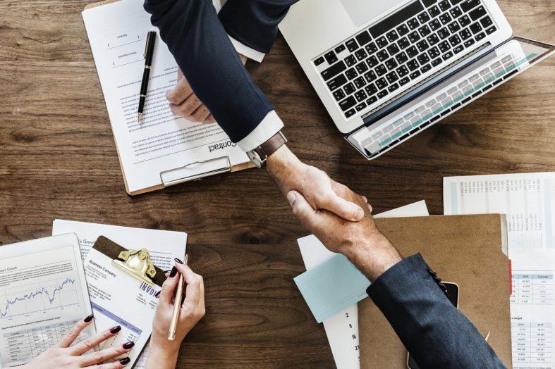 Jak zatrudnić menedżera pasującego do naszej organizacji?