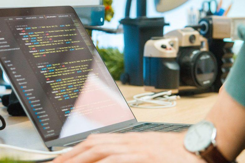 Zatrudniamy senior developera – jak zidentyfikować największe talenty na rynku?